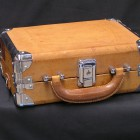 carrying-case-19576_640